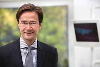 Dr. med. dent. Robert Sütter